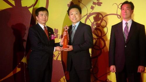 麗富康獲第十屆文馨獎